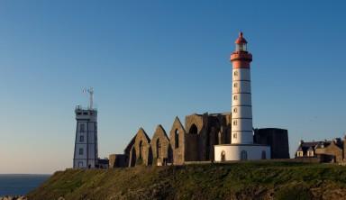 Chemin des phares et île de Molène