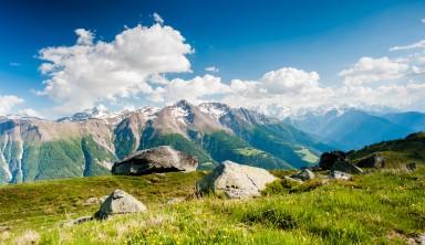 Aletsch, sanctuaire des glaciers en Suisse (été)