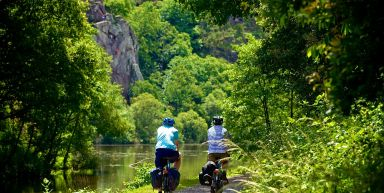 Le Canal de Nantes à Brest à vélo